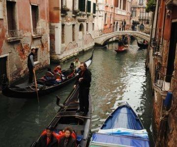 Las Gondolas de Venecia