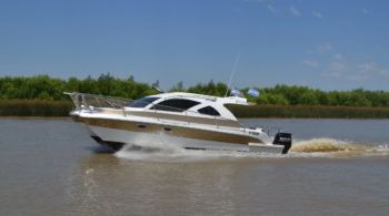 Catamarán Ragazza Powercat 950